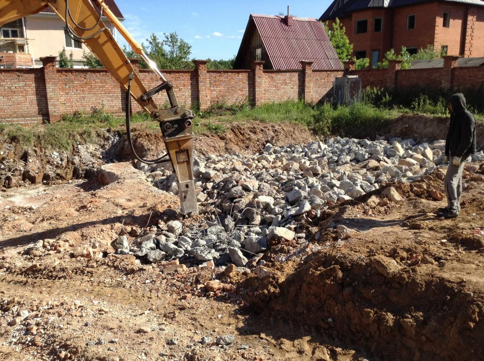 Демонтаж фундамента в Москве и области