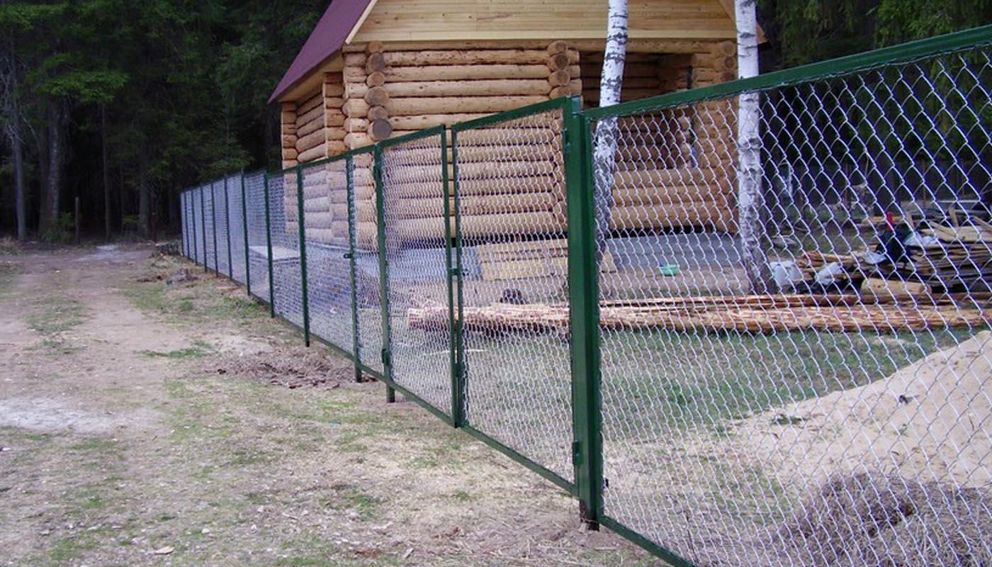 Забор секционный (каркас из профильной трубы 40х20, внутреннее заполнение профильной трубой 20х20, зазор 15 см.) в Москве и области